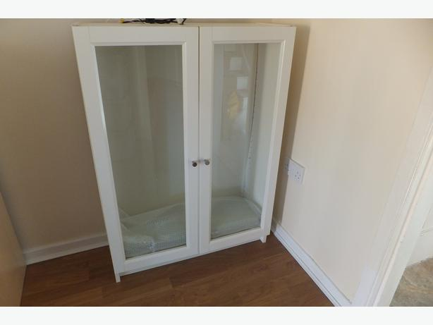 Ikea billy bookcase with glass doors and shelves pelsall for Glass bookcase ikea