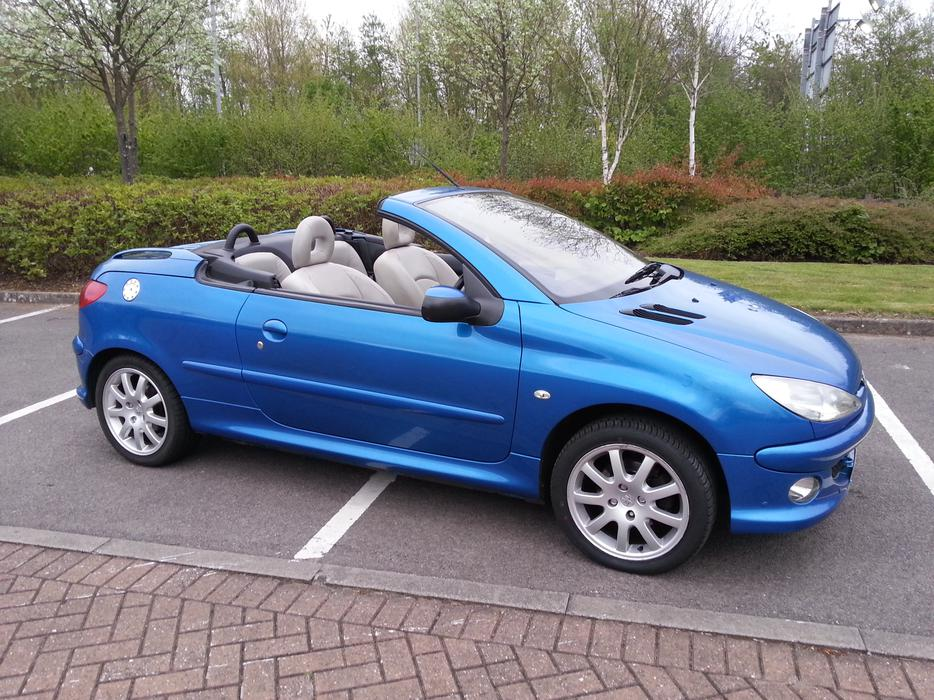 peugeot 206 allure cabriolet 2006 plate 11 months mot vgc. Black Bedroom Furniture Sets. Home Design Ideas