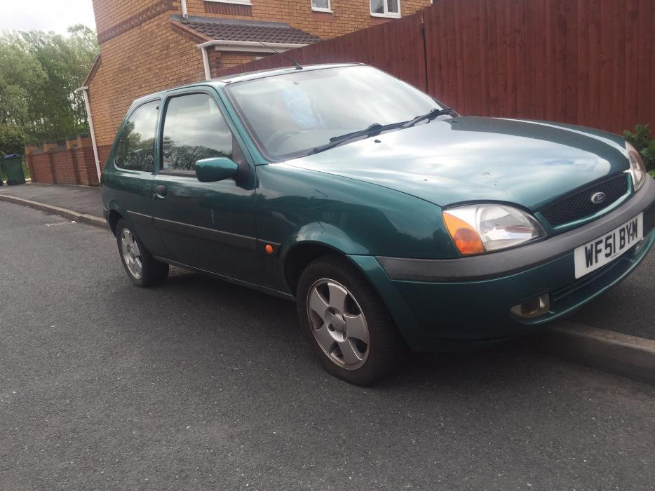 2001 ford fiesta zetec coseley wolverhampton. Black Bedroom Furniture Sets. Home Design Ideas