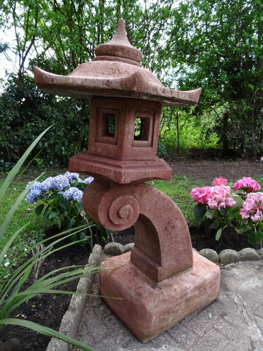 Vintage Oriental Decorated Stone Pagoda Lantern Cantilever Large Garden Statue Outside Black