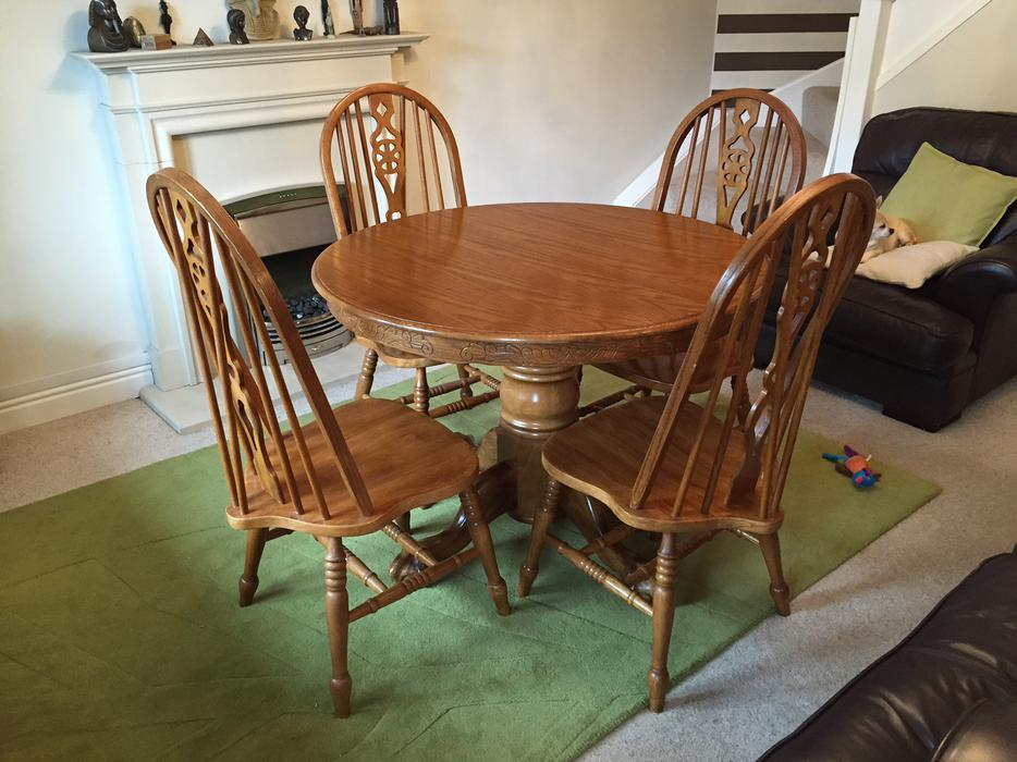 Used Solid Medium Oak extendable round dining table DUDLEY  : 104275506934 from useddudley.co.uk size 934 x 700 jpeg 91kB