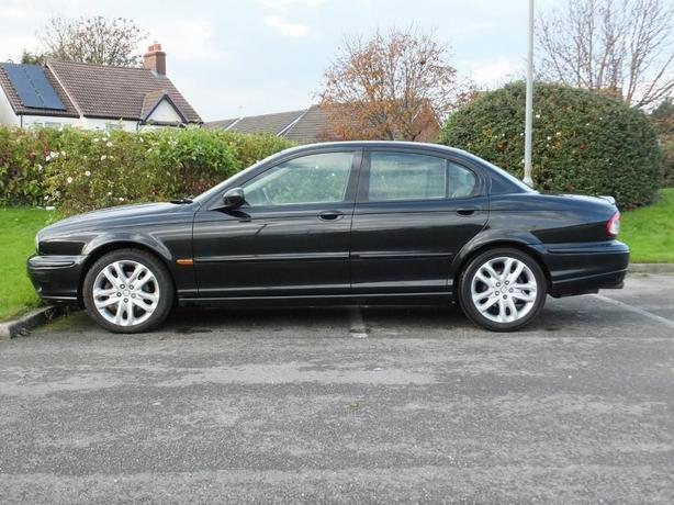 jaguar x type 3 0 v6 sport automatic 2001 metalic black outside black country region birmingham. Black Bedroom Furniture Sets. Home Design Ideas