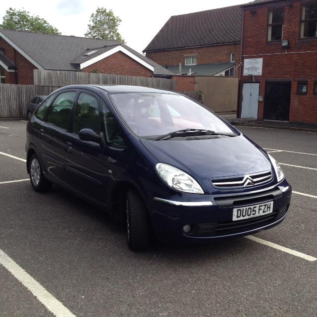 citroen xsara picasso 2 0 hdi diesel 5dr sutton coldfield birmingham. Black Bedroom Furniture Sets. Home Design Ideas