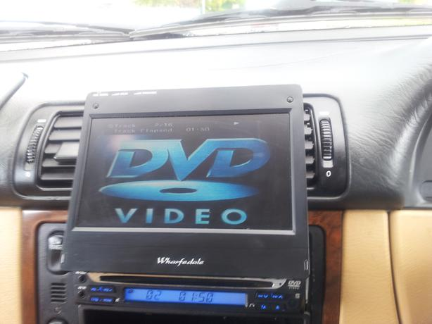 Pop out screen car stereo