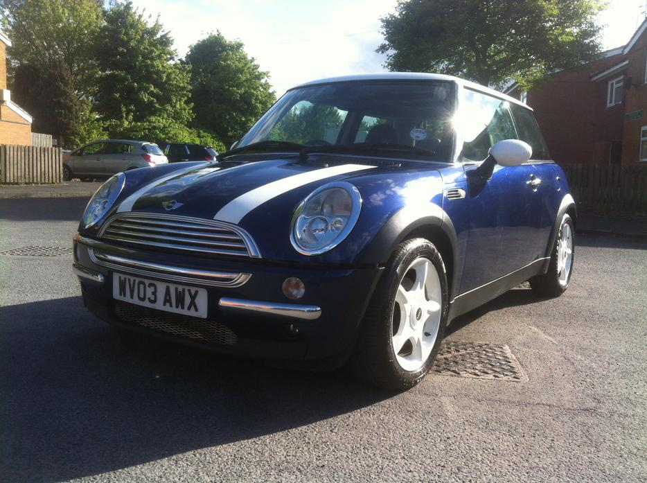 2003  03 mini copper 1 6 in racing blue with panoramic roof smethwick  wolverhampton 2011 Mini Cabrio Mini Cabrio Trunk