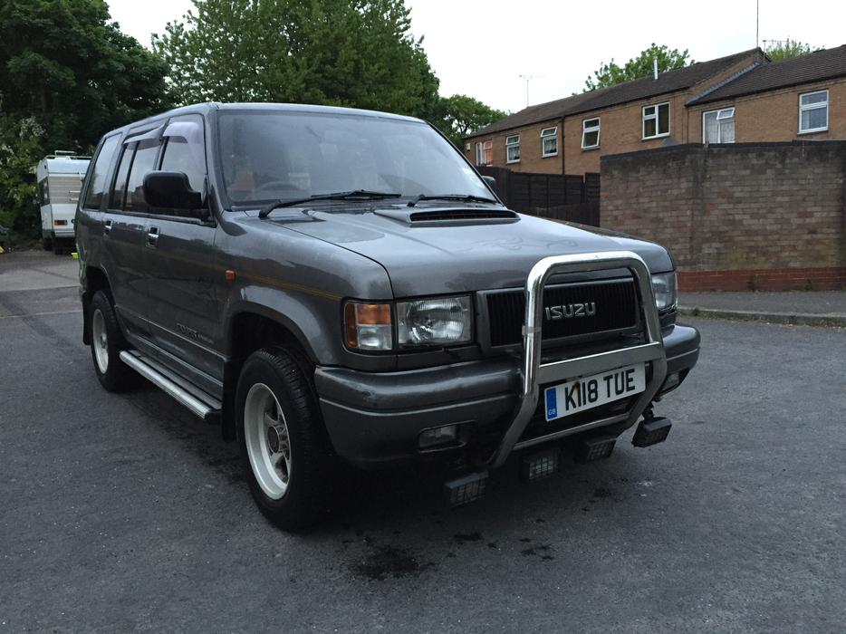 isuzu trooper diesel quick sale dudley dudley. Black Bedroom Furniture Sets. Home Design Ideas