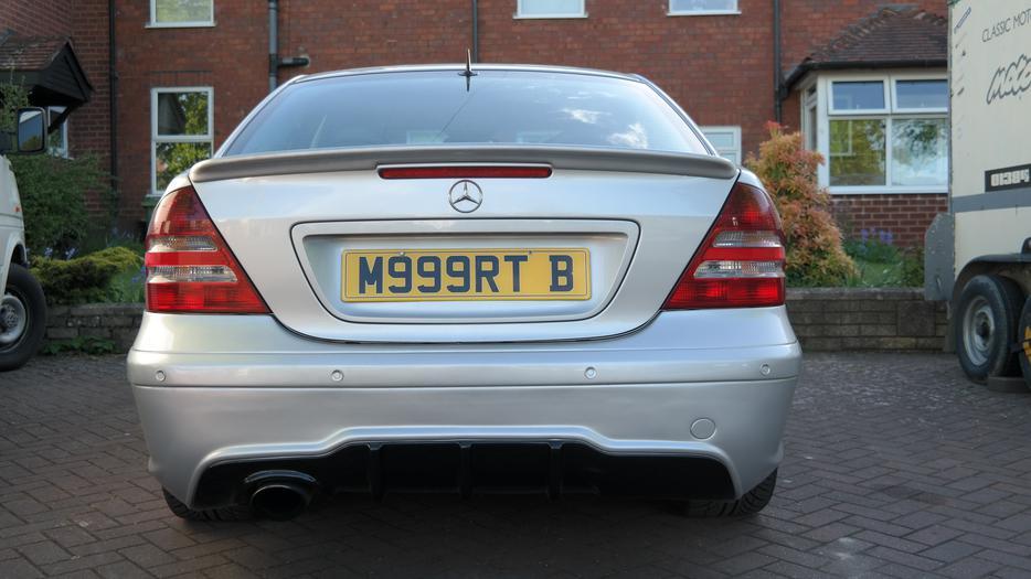Mercedes c220 cdi avantgarde sport drives a1 stourbridge for Mercedes benz c300 a1 service