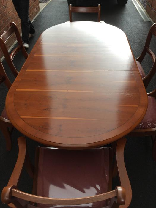 Yew Dining Table and Chairs Kingswinford Wolverhampton : 104325546934 from usedwolverhampton.co.uk size 525 x 700 jpeg 36kB