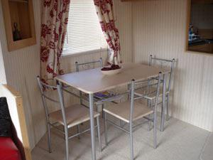 Cool Three Bedroomed Caravan To Let At Holiday Resort Unity In Brean Sands