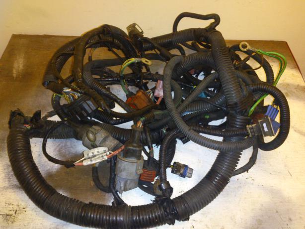 peugeot 106 gti 16v saxo vts wiring loom 3 plug 2000 onwards rh usedwolverhampton co uk peugeot 206 wiring loom peugeot 206 wiring loom problems
