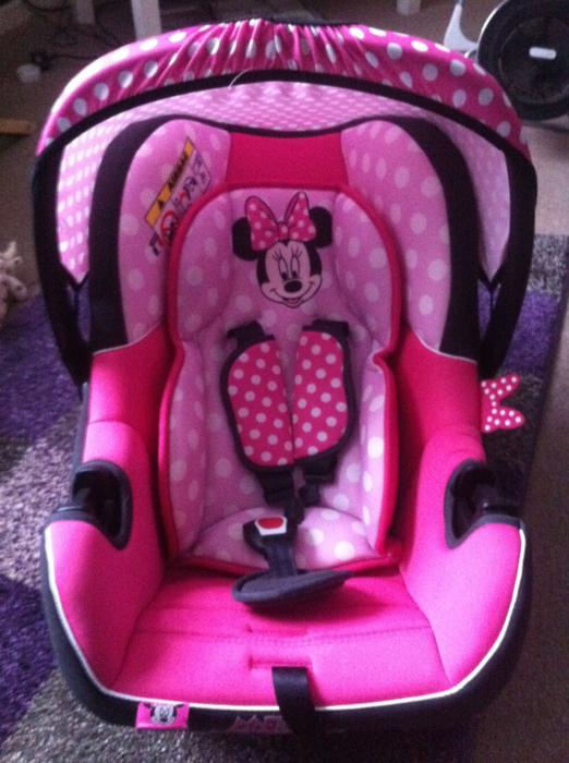 minnie mouse baby girl car seat willenhall wolverhampton. Black Bedroom Furniture Sets. Home Design Ideas