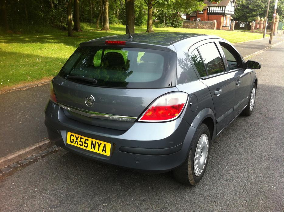 Vauxhall Astra Grey 55 Plate 1.3 CDTI Diesel 5dr Long MOT ...