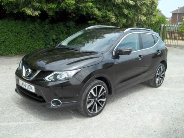 nissan qashqai 1 5dci tekna 2014 sedgley dudley. Black Bedroom Furniture Sets. Home Design Ideas