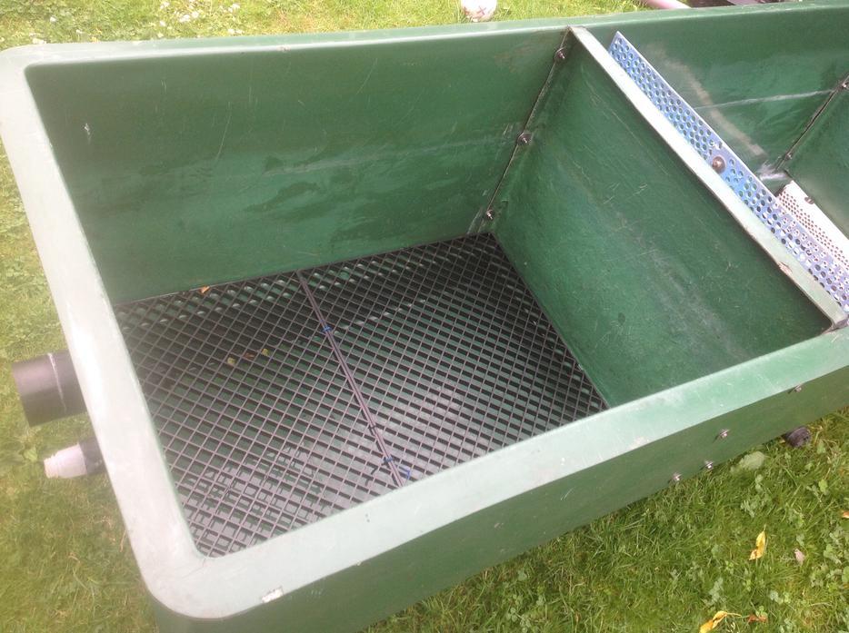 Large koi multi bay pond filter bloxwich sandwell for Large koi pond filter