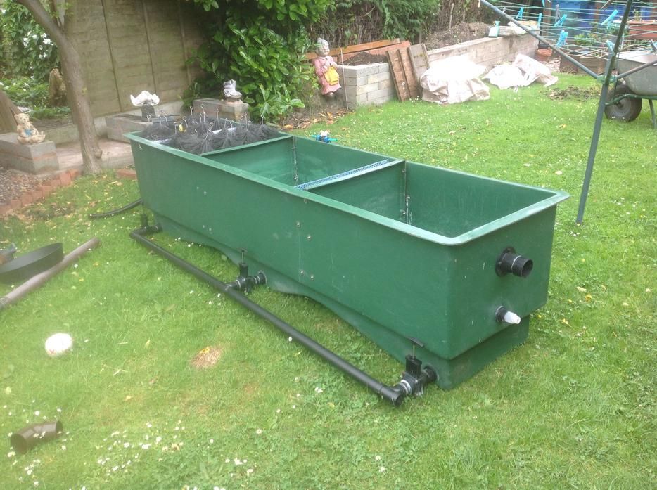 Large koi multi bay pond filter bloxwich dudley for Large koi pool