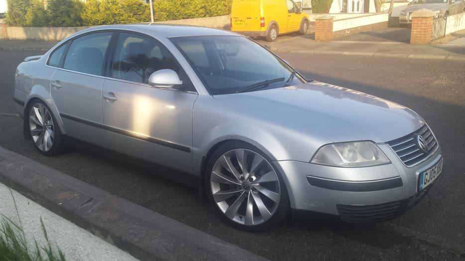 2005 vw passat 1 9 tdi highline sport 130bhp fully loaded. Black Bedroom Furniture Sets. Home Design Ideas