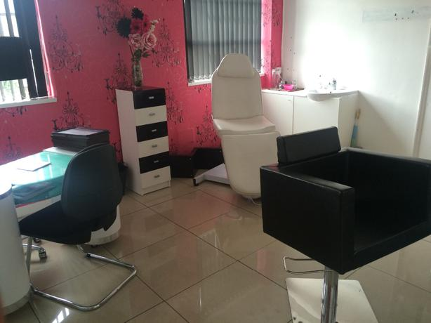 Beauty Room To Rent Walsall