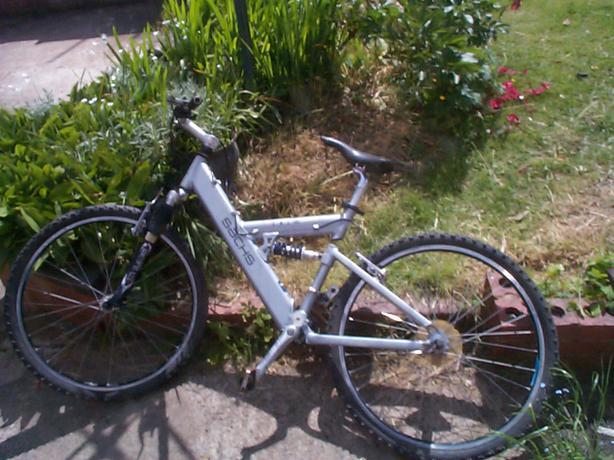 how to buy a used road bike
