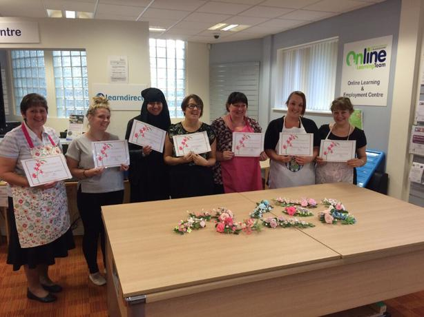 Cake Decorating Course Midlands : cake decorating classes Outside Birmingham, Birmingham ...