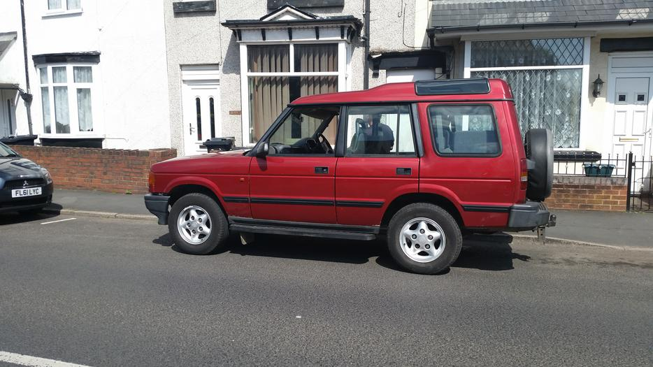 land rover discovery 300 tdi 7 seater nice number r420. Black Bedroom Furniture Sets. Home Design Ideas