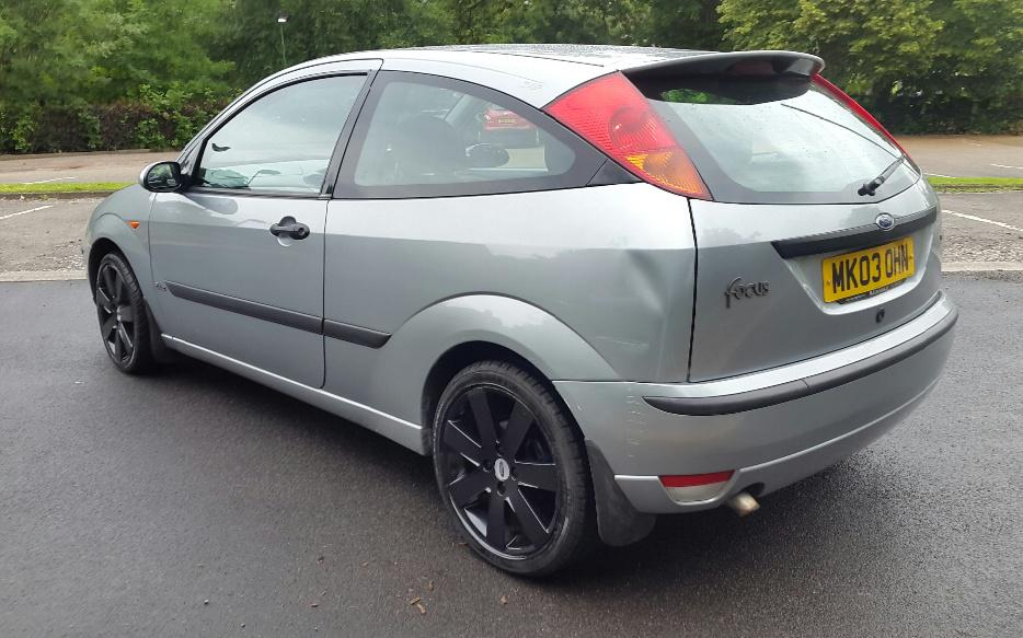 ford focus 1 8 tdci turbo diesel zetec 115 psi oldbury. Black Bedroom Furniture Sets. Home Design Ideas