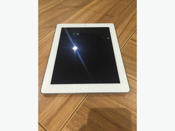 ipad 3 32gb retina display tipton wolverhampton. Black Bedroom Furniture Sets. Home Design Ideas