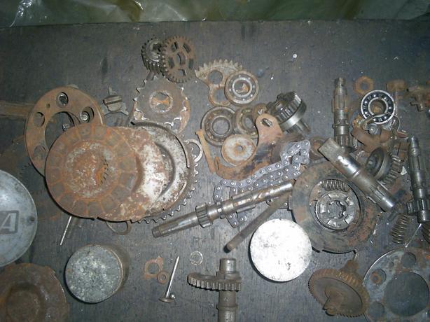 B S A bantam assorted parts