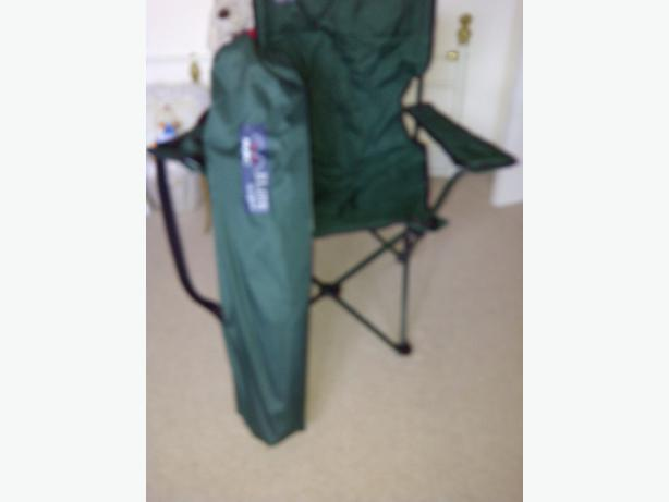 Fold Away Chair Includes Shoulder Bag