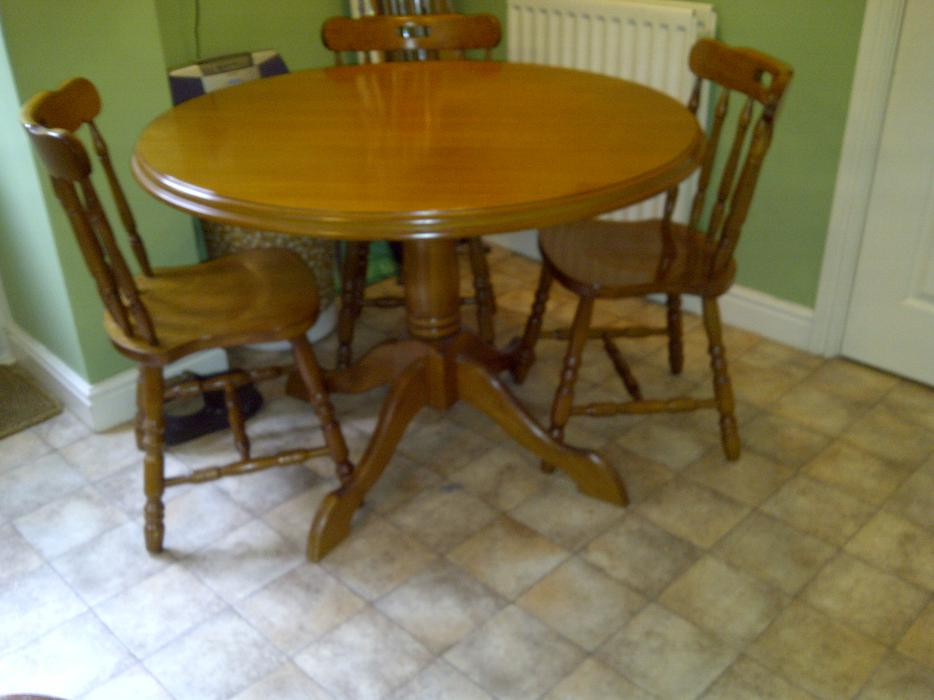 Windsor Maple Circular Pedestal Dining Table  : 104552175934 from www.useddudley.co.uk size 934 x 700 jpeg 56kB