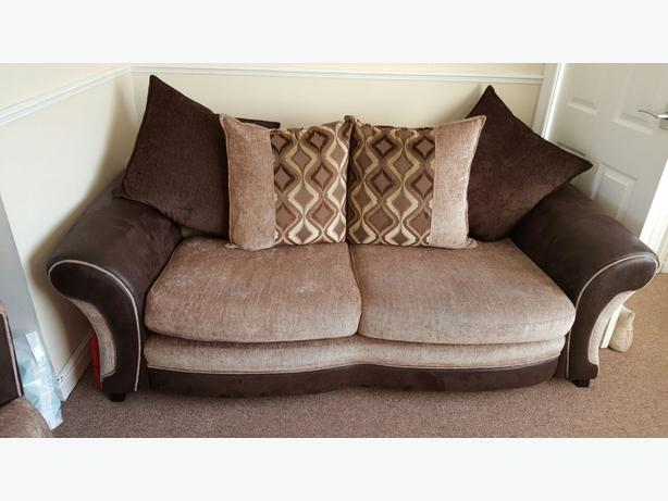 Dfs 3 Seater Sofa Massive Cuddle Swivel Chair Dudley Dudley