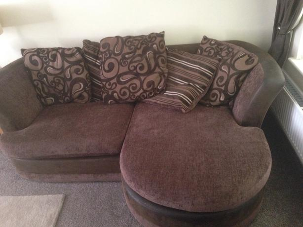Scs Corner Sofa And Cuddle Swivel Chair Sedgley Dudley