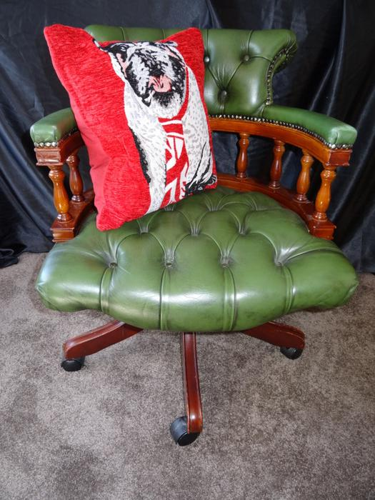chesterfield regency green leather captains office desk swivel chair