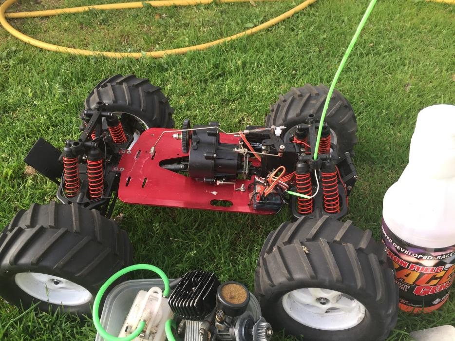 traxis rc with Rc Nitro Traxis Revo  24601135 on 670036 as well New Traxxas 2014 also What Car Has The Fastest Acceleration furthermore 10 4WD Electric Terrain Monster Truck together with A Close Up Of Finnegans Traxxas Rc Blasphemi.