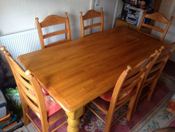 Solid wood farmhouse style dining room table west bromwich for Solid wood farm table