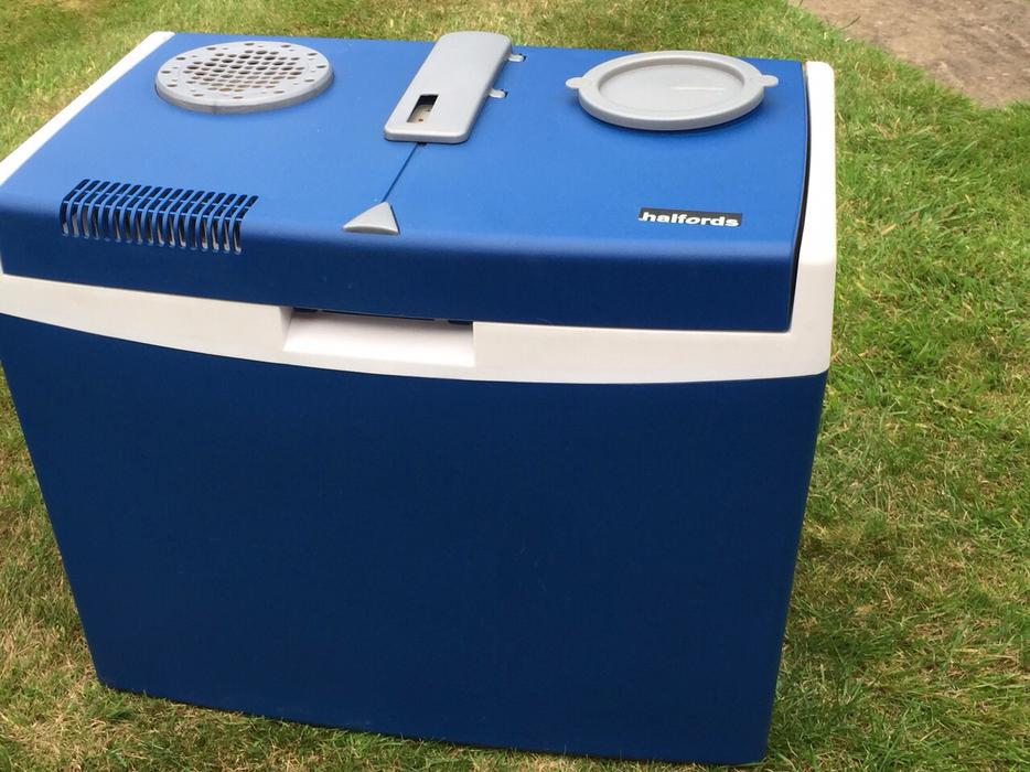 Halfords Electric 35l Cool Box Warmer Coseley Sandwell