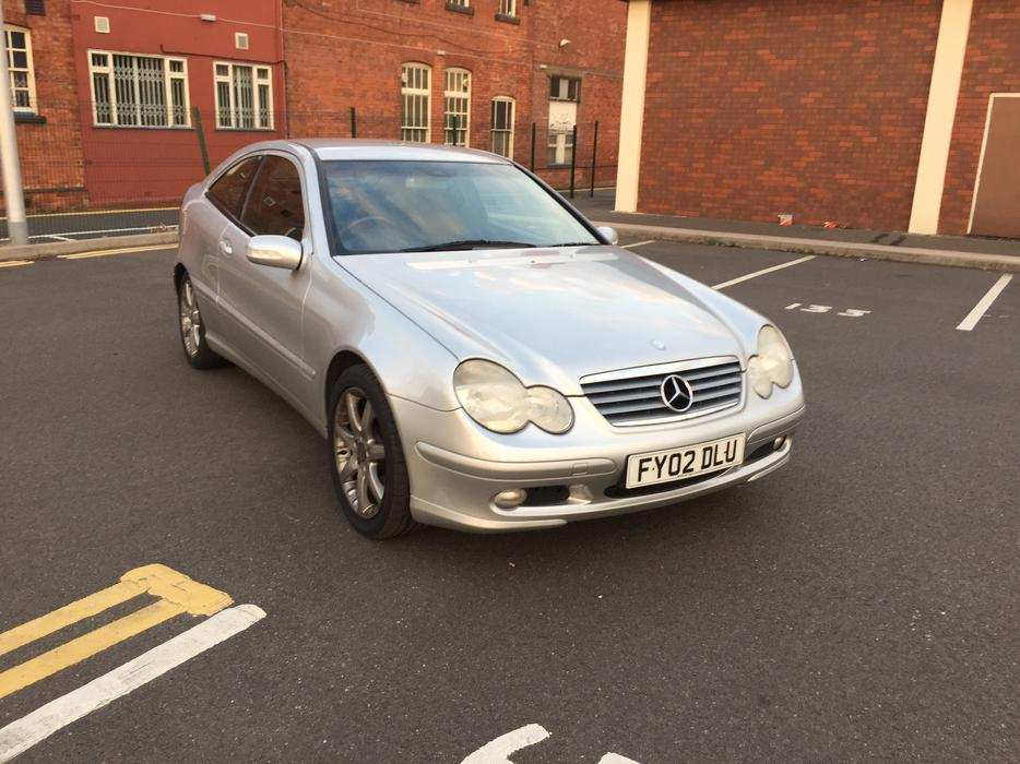 mercedes benz c class 2 1 c220 cdi coupe 2dr 2002 automatic fsh may px sandwell wolverhampton. Black Bedroom Furniture Sets. Home Design Ideas
