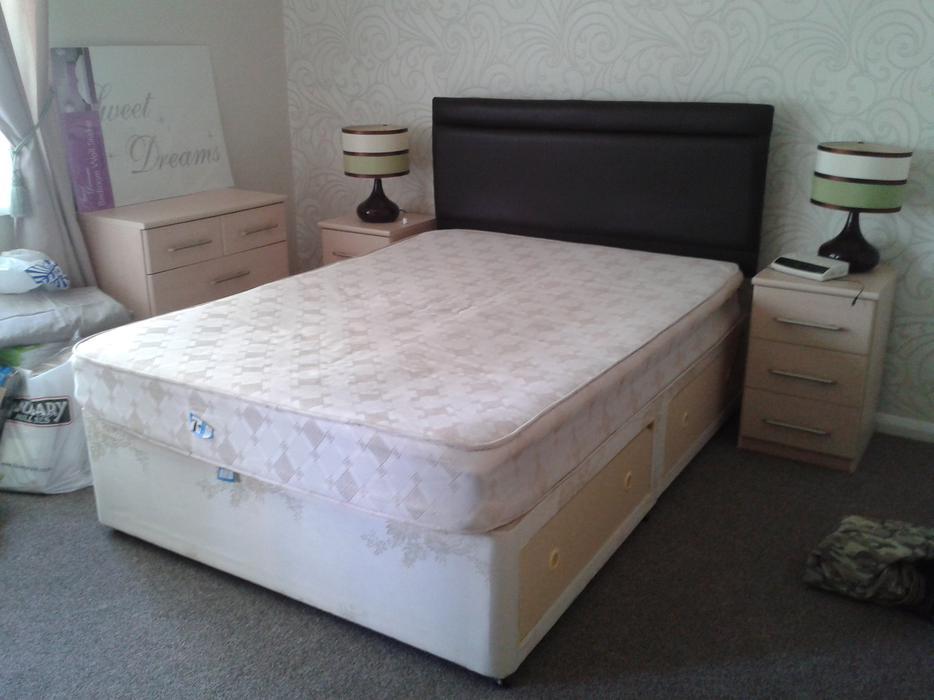 Double Divan Bed Bilston Wolverhampton