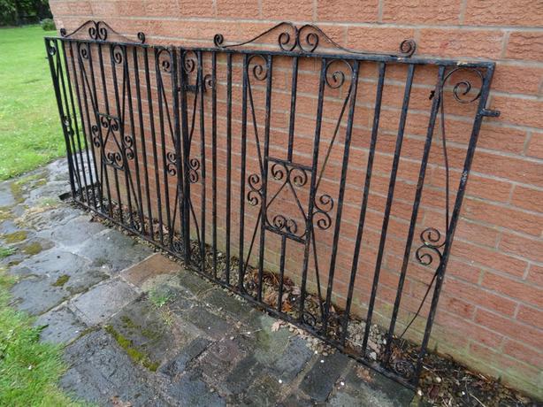 Antique art nouveau pair wrought iron driveway side gates for Driveway gates online