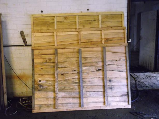 6x3 6x4 waney lap fence panels new treated heavy duty. Black Bedroom Furniture Sets. Home Design Ideas