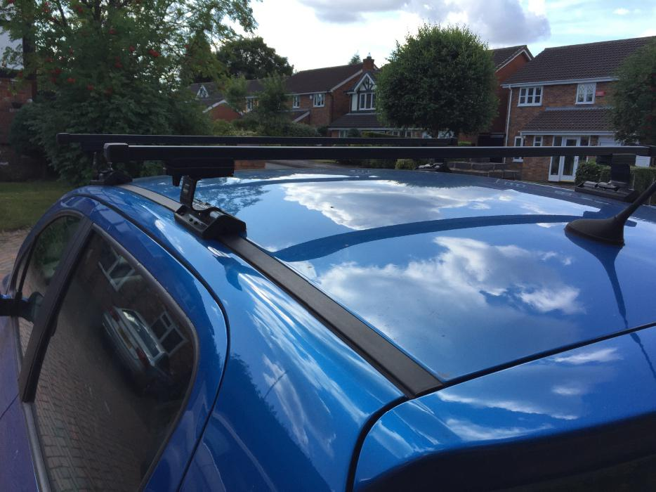 peugeot 307 roof bars great barr wolverhampton. Black Bedroom Furniture Sets. Home Design Ideas