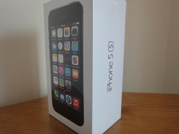new iphone 5s unlocked apple iphone 5s unlocked 16gb space grey brand new 9939