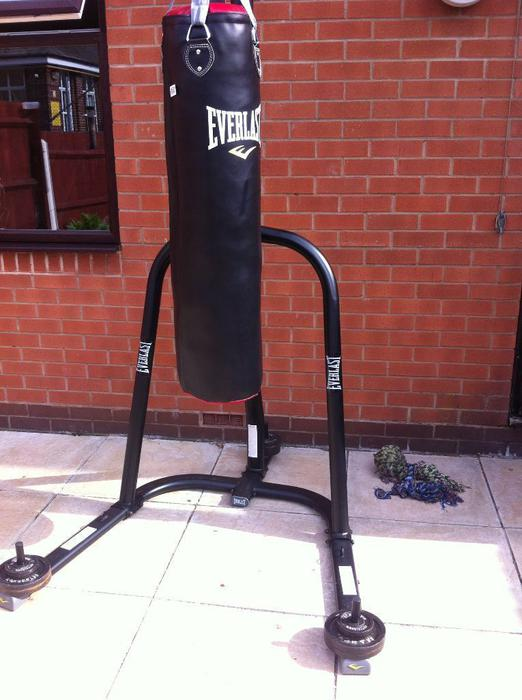 how to stabilize a heavy bag stand