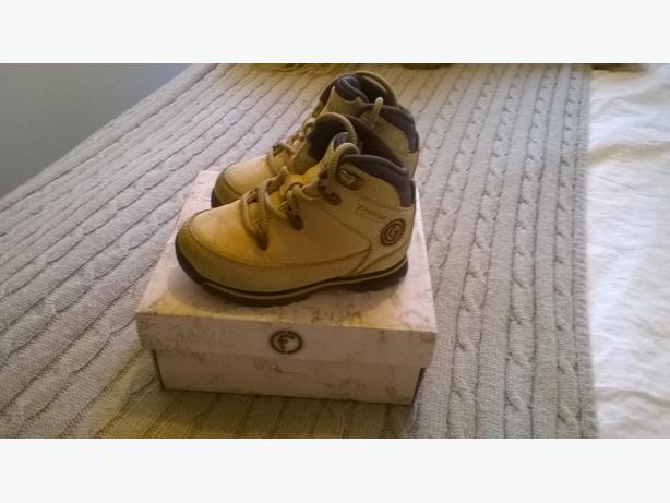 38de023f035 Firetrap Boots - Toddler Size 5 WALSALL, Sandwell