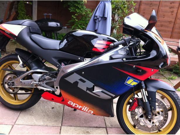 aprilia rs 125 full power 33bhp kingswinford walsall. Black Bedroom Furniture Sets. Home Design Ideas
