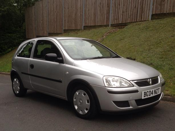 vauxhall corsa life 1 3 cdti diesel 2004 04 3 door silver full mot dudley sandwell. Black Bedroom Furniture Sets. Home Design Ideas