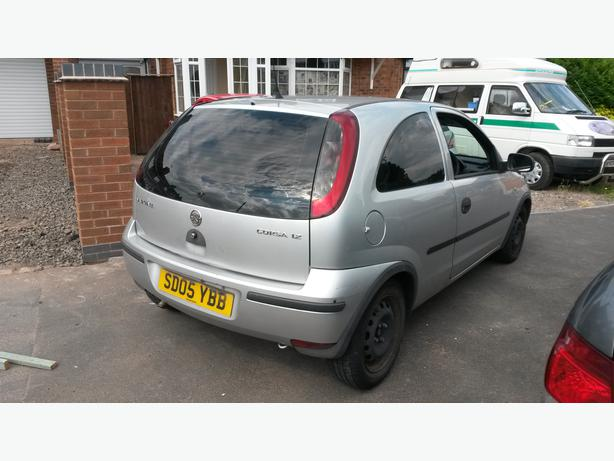 vauxhall corsa c no offers or change in price west bromwich dudley mobile. Black Bedroom Furniture Sets. Home Design Ideas