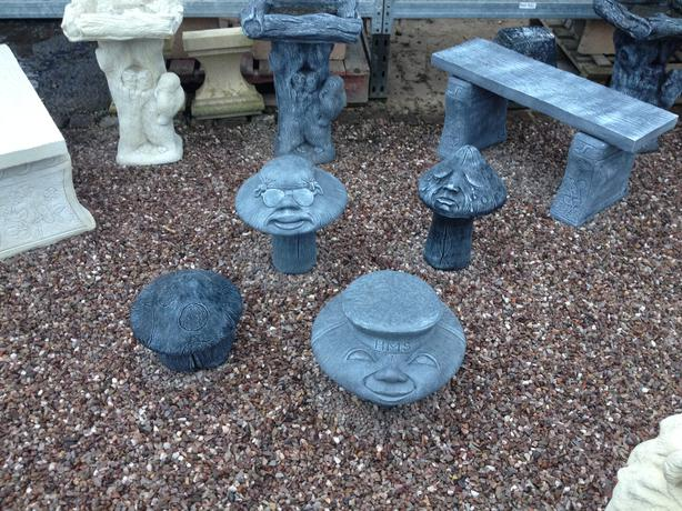 Mushroom face concrete statues various kinds