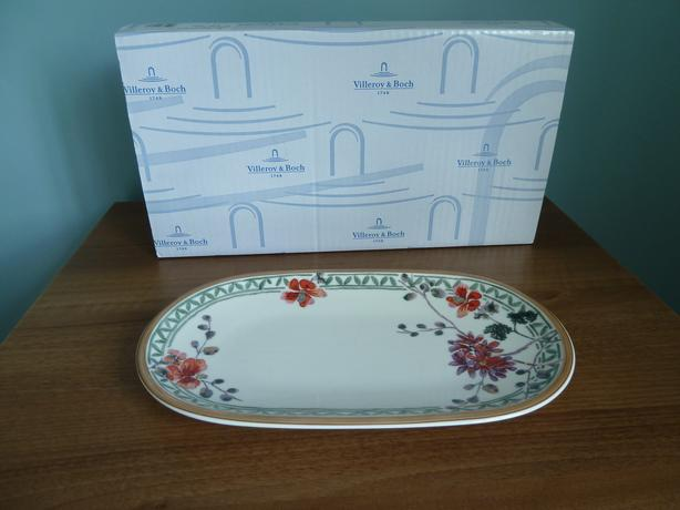 IDEAL GIFT - VILLEROY & BOCH PICKLE DISH
