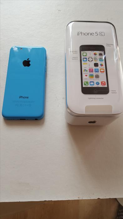 iphone customer service brand new iphone 5c 16gb walsall dudley 2152