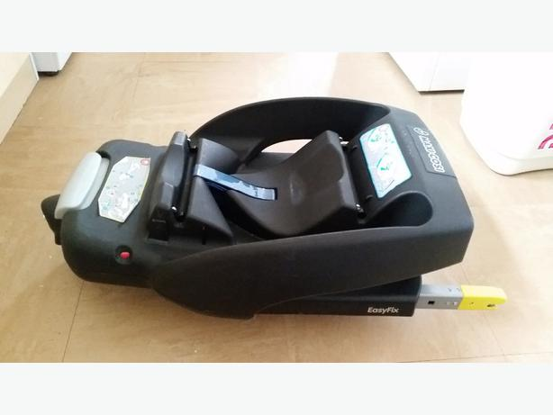 maxi cosi easy fix isofix base dudley dudley. Black Bedroom Furniture Sets. Home Design Ideas